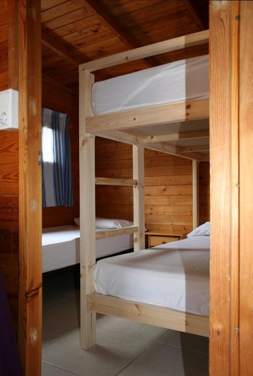 bungalow-roses-dormitorio