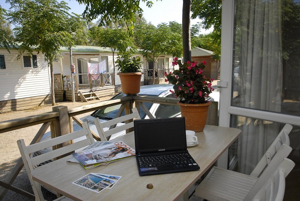 mobil-home-roses-terraza